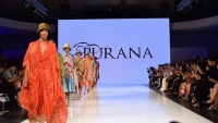 LA Fashion Week Tampilkan Batik Indonesia